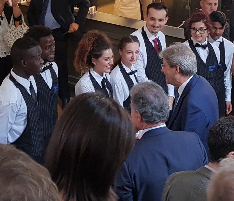 Il Presidente del Consiglio dei Ministri in visita agli Artigianelli