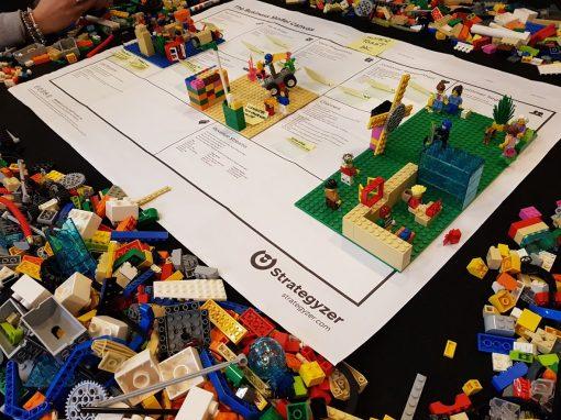 Sviluppare il BUSINESS MODEL CANVAS attraverso gli strumenti del LEGO SERIOUS PLAY