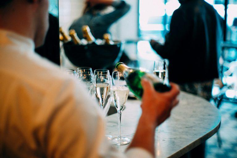 Ultimi posti ancora disponibili sul corso IV ANNO: Diploma professionale tecnico dei servizi di sala e di bar