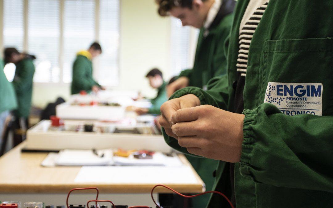 Iscriviti al corso gratuito TECNICHE DI AUTOMAZIONE CON L'UTILIZZO DEL PLC!
